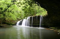 Princess Falls take 27s to 1651 w to 92 w to Yamacraw Bridge park area take sheltowee trace trail till you see salt lick trail go 200 ft